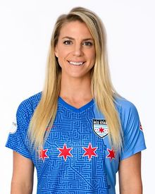 Red-Stars-Ertz-named-Player-of-the-Year